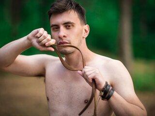 WadeBarnes shows video naked